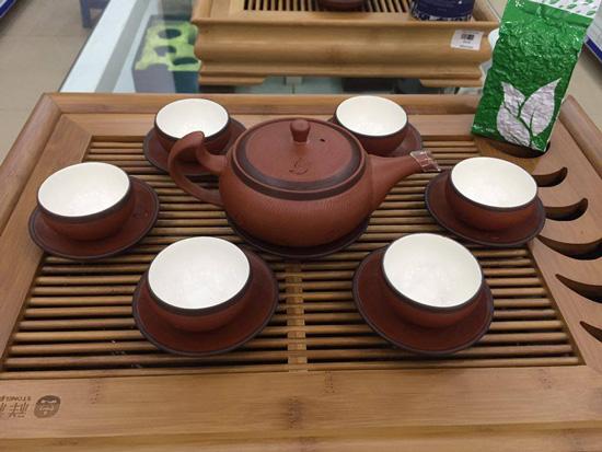 nhung-dong-gom-su-noi-tieng-tai-viet-nam-2