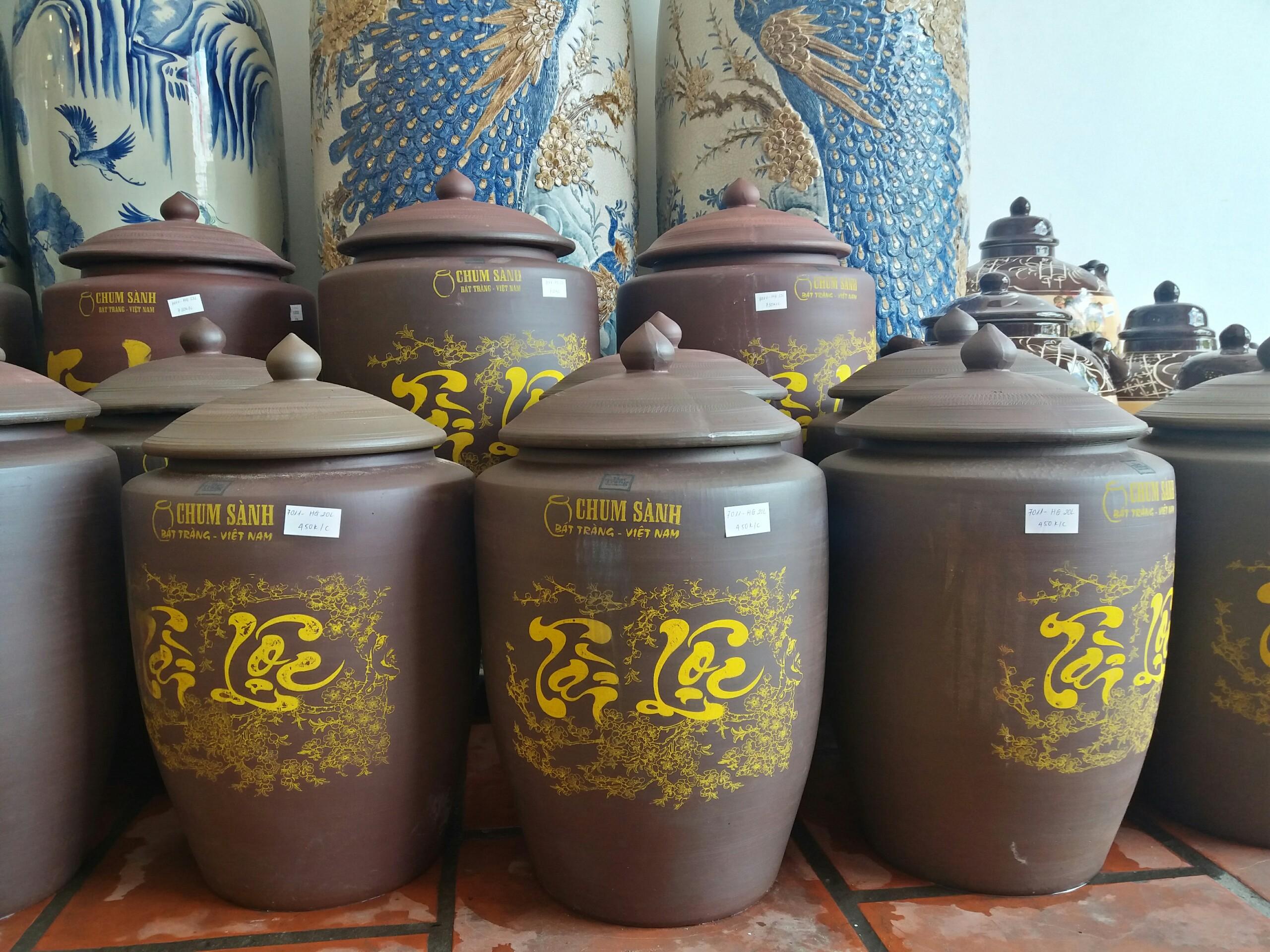 Chọn hũ đựng gạo bằng gì để đảm bảo tiền vô như nước mà vận may luôn đến