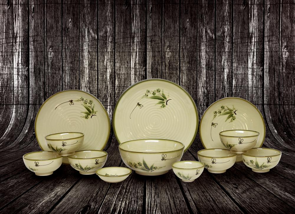 Tại sao nên tặng bộ bát đĩa làm quà mừng tân gia