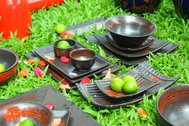 Bộ bát đĩa quét màu gốm sứ Bát Tràng tại Quận 1