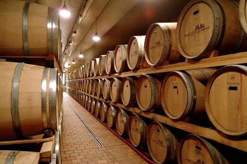 Bình gỗ ngâm rượu mua ở đâu?giá bao nhiêu
